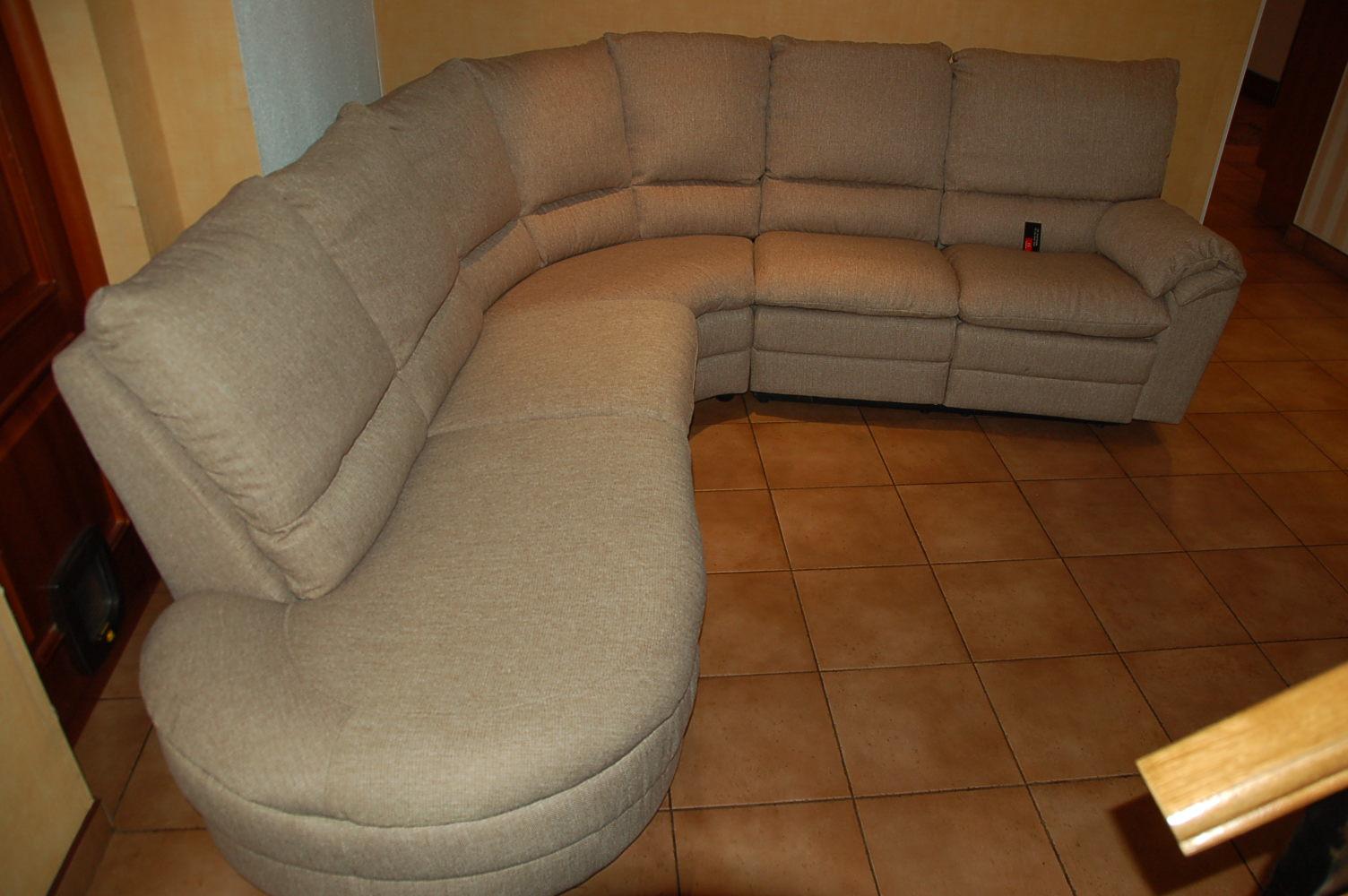 Как обновить угловой диван своими руками