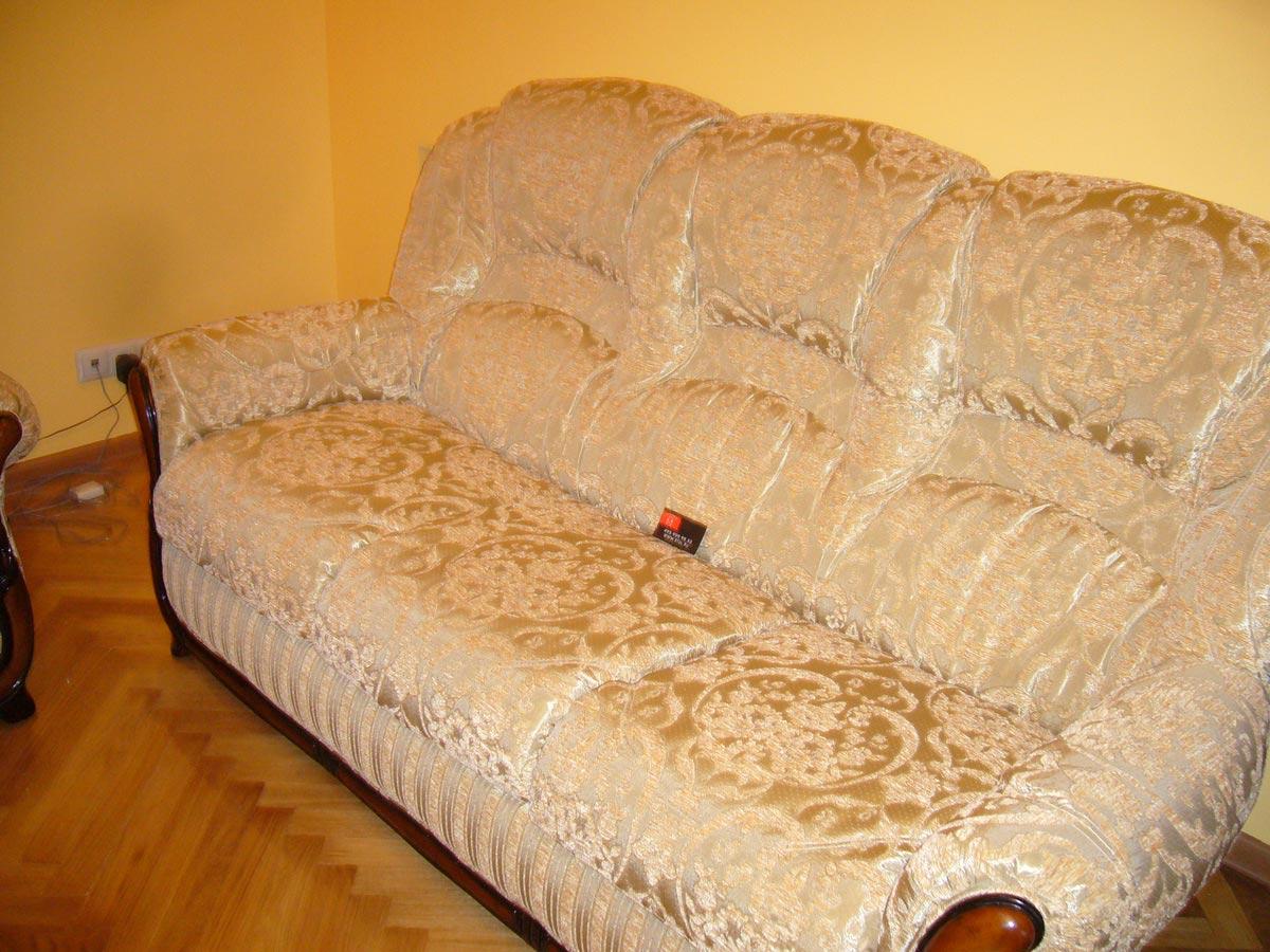 Обшить экокожей диван своими руками 1