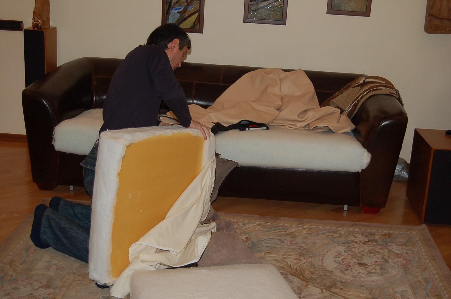 Обить диван на дому 4