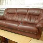 Обшивка и ремонт мягкой мебели в городе Кололеве