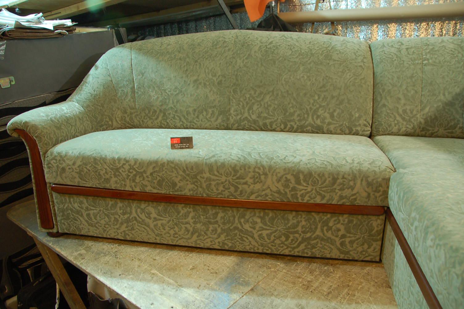 Реставрация обивки дивана