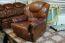 старые отреставрированные кресла